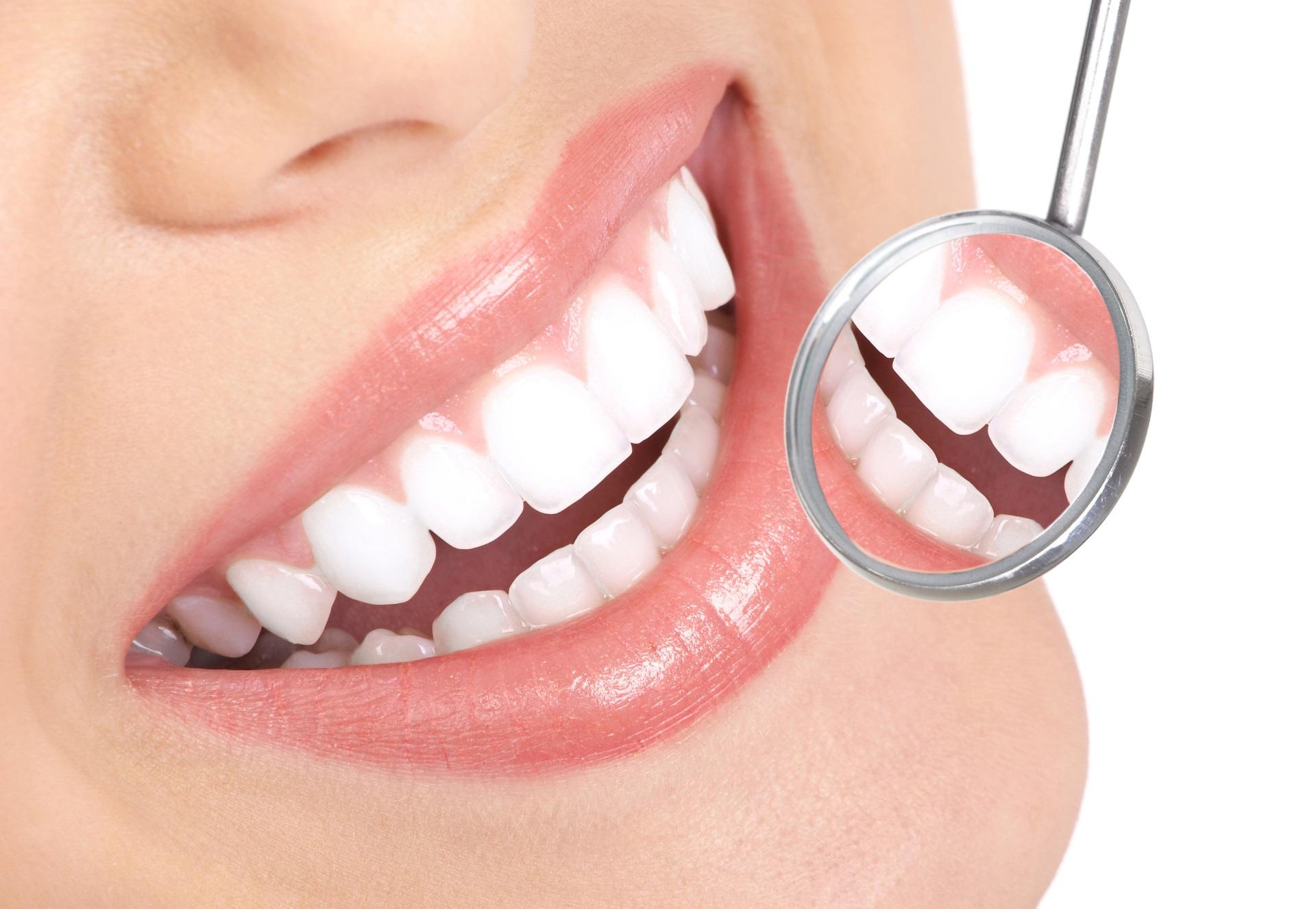 stomatologia zachowawcza - dobudowa zębów